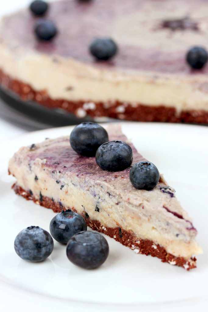 Blueberry Cheesecake: raw, vegan, glutenfree, soy free, refined sugar free!