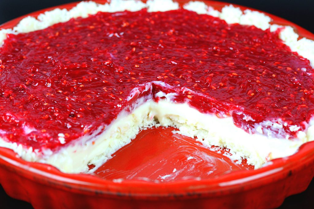 Vegan, gluten-free Raspberry Cream Pie